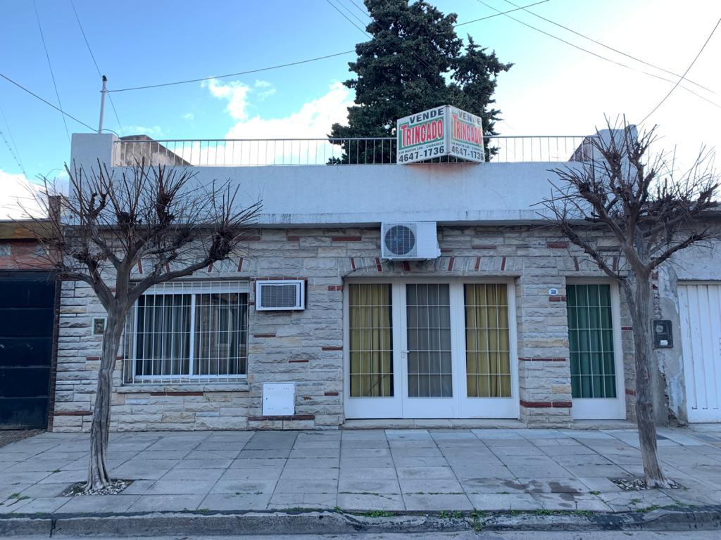 Chalet – Casa – 4 amb – Ciudadela sur – OPORTUNIDAD